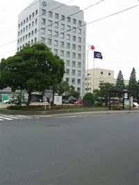 20107_049_2