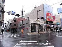 20124_052_2