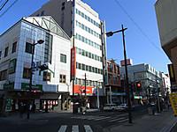 20133_043